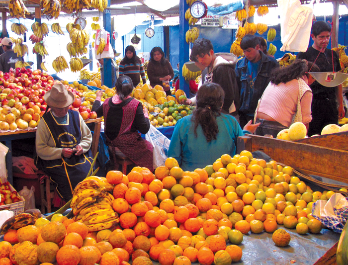 peru_cusco_fruit_market